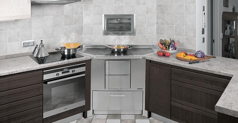Cucine moderne piccole ad angolo simple cucine angolari for Cucine pertinger